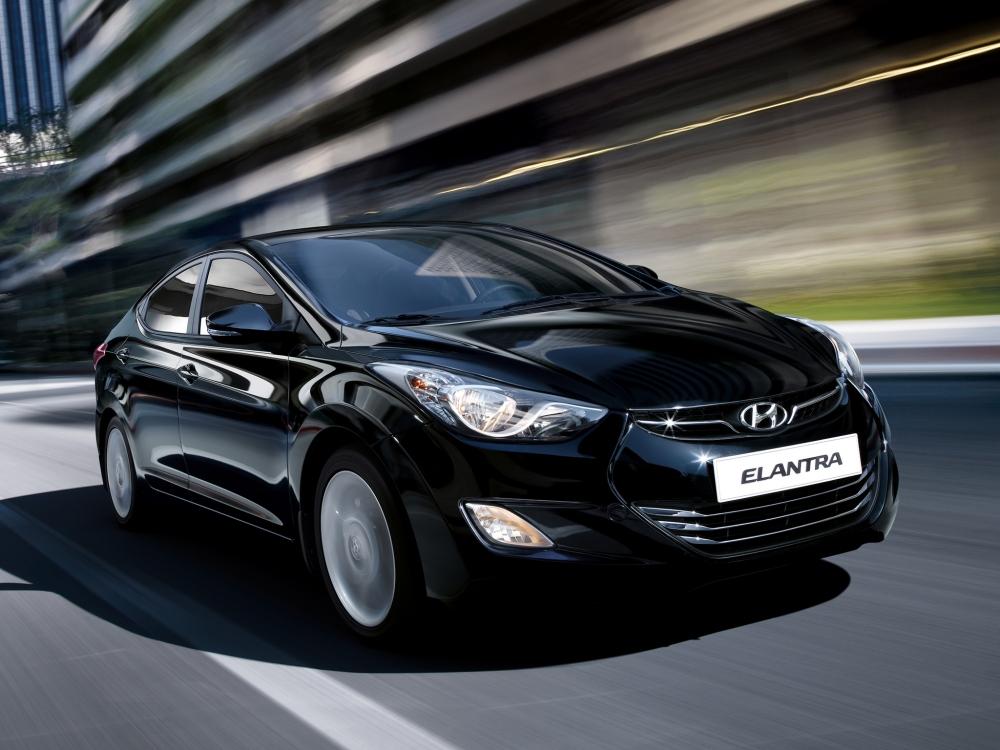 Hyundai Elantra получил расширенную комплектацию