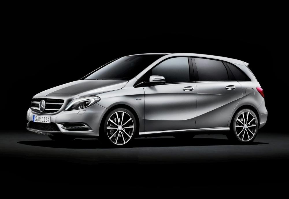 Mercedes B-Class прошел обновление