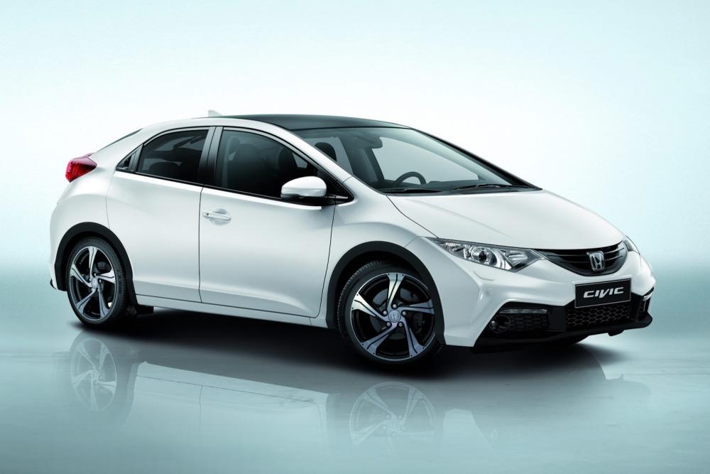 Honda Civic Sport привезут в Париж