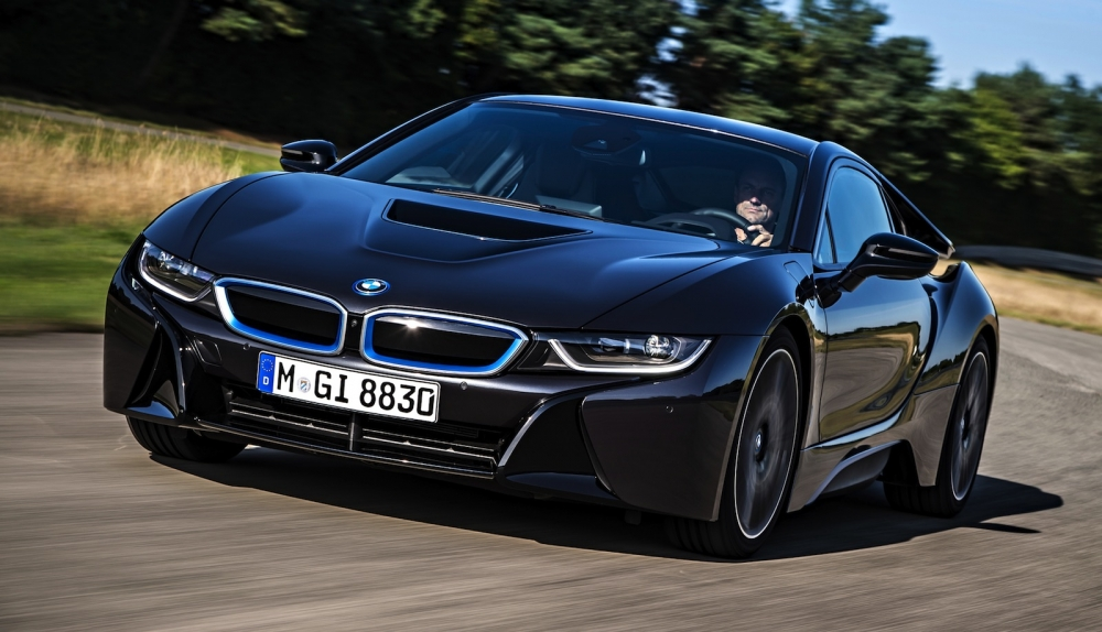 BMW i8 станет мощнее