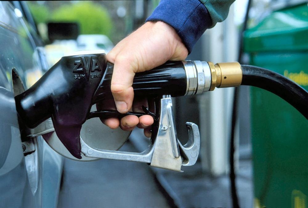 ФАС не исключает возможности компенсации автовладельцам за дорогое топливо