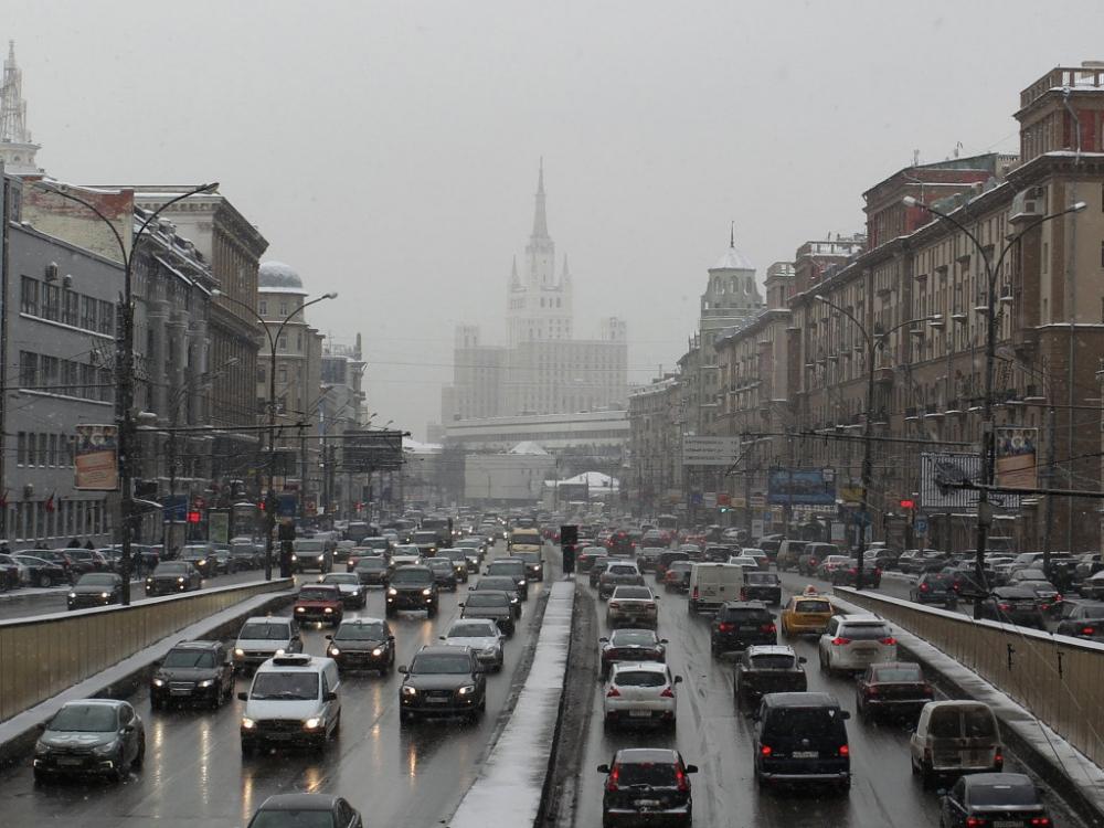 Платные парковки в Москве могут добраться до МКАДА