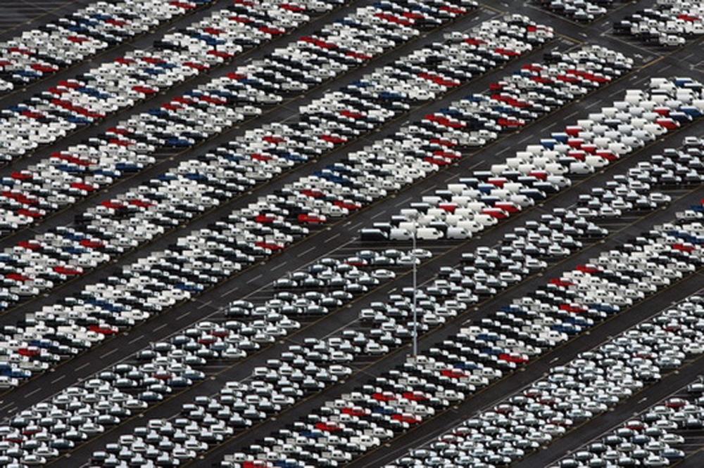 Автодилеры опасаются февральского падения продаж