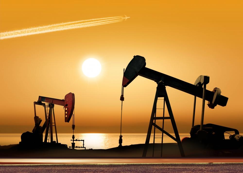 Дешевый бензин закончится в марте
