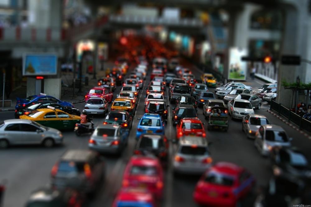 Автоновинка: дороги могут стать платными в часы пик