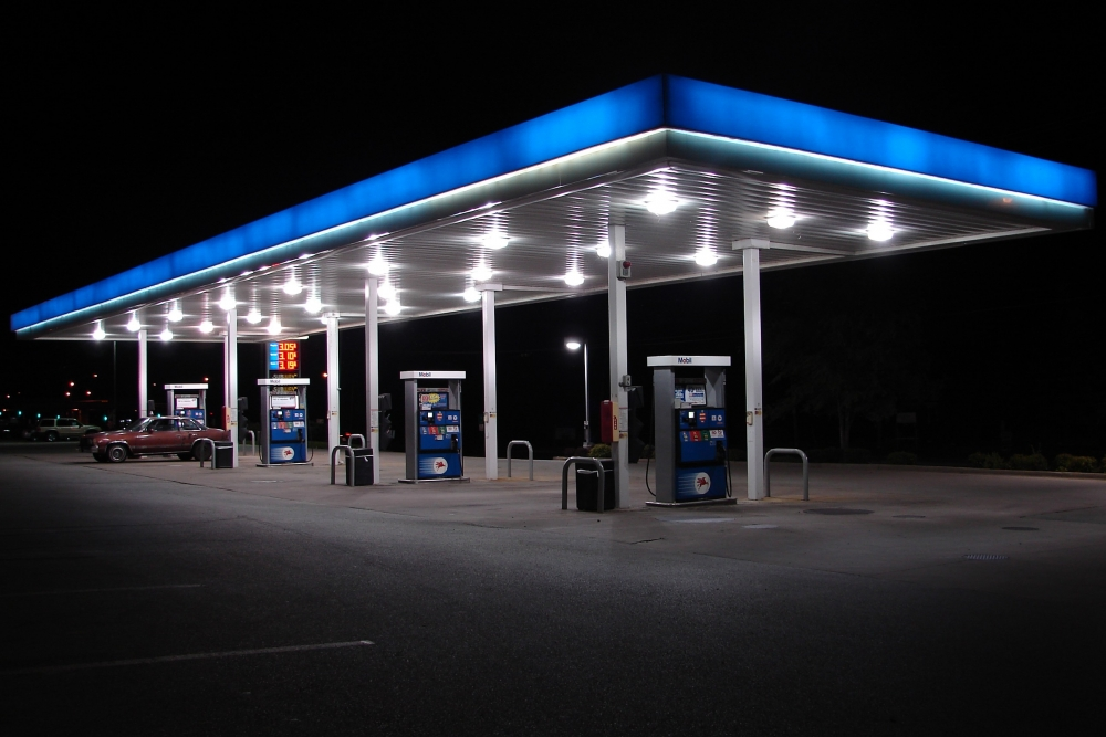Водителям разрешат бесплатно проверять качество бензина