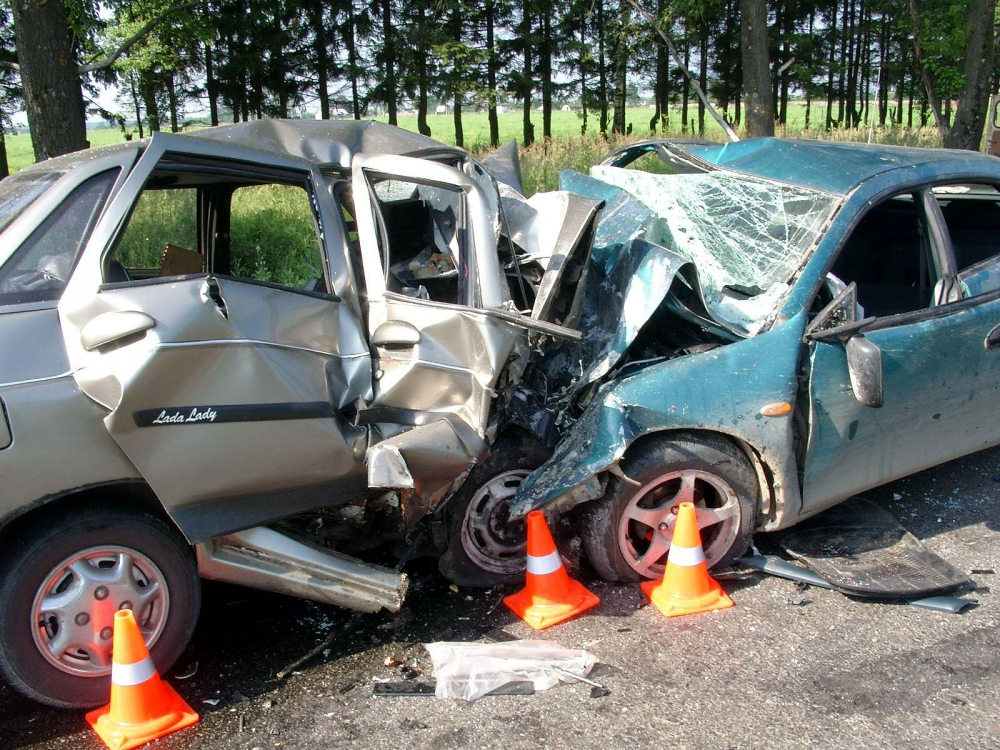 Статистику ГИБДД по аварийности подпортили женщины и старики