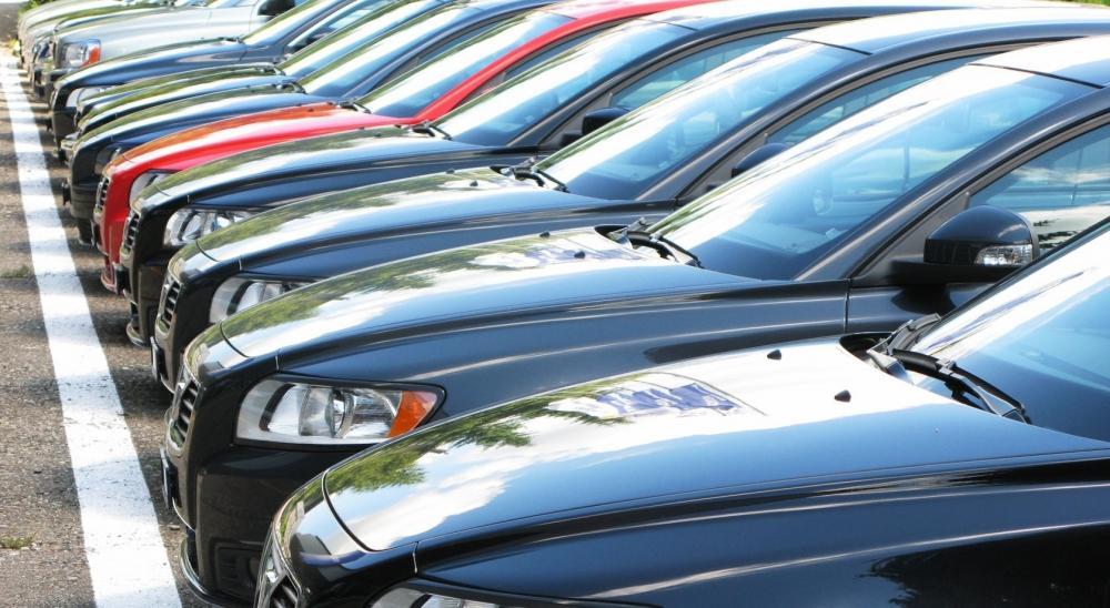 Минпромторг прогнозирует падение продаж авто в полтора раза