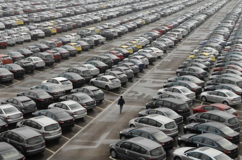 Автоиндустрия поднимает цены