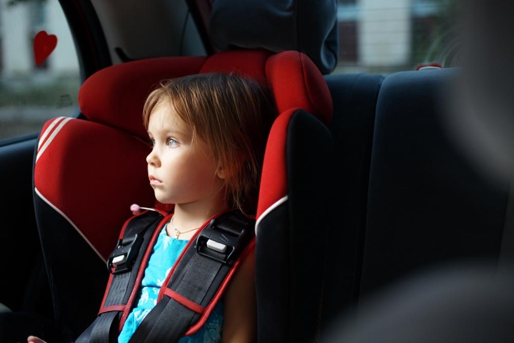 Британские ученые: автомобили вредны для детей