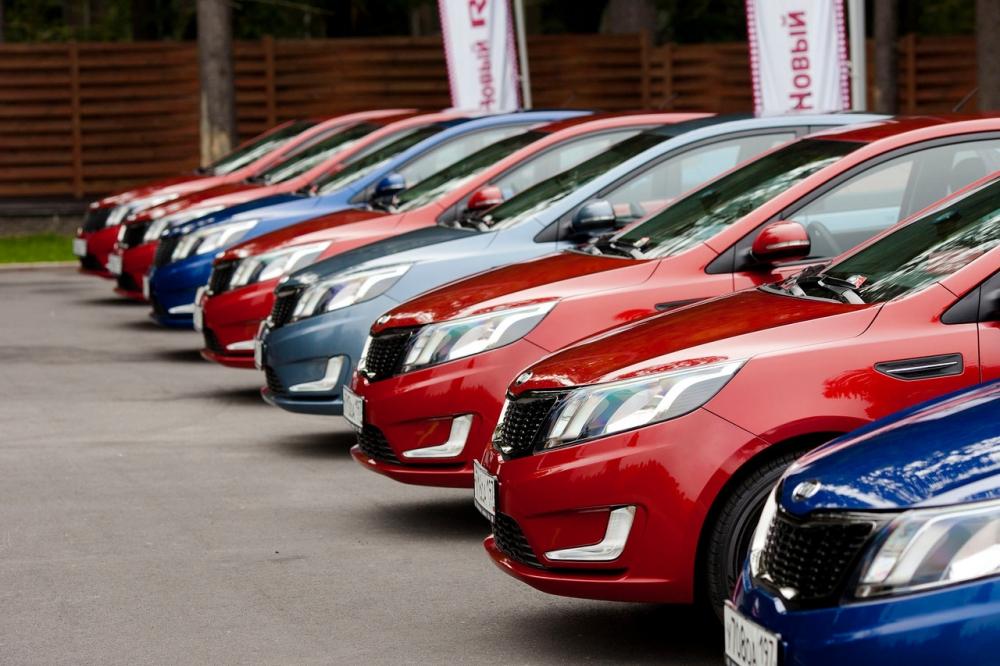 650 млрд рублей объем рынка авто в РФ