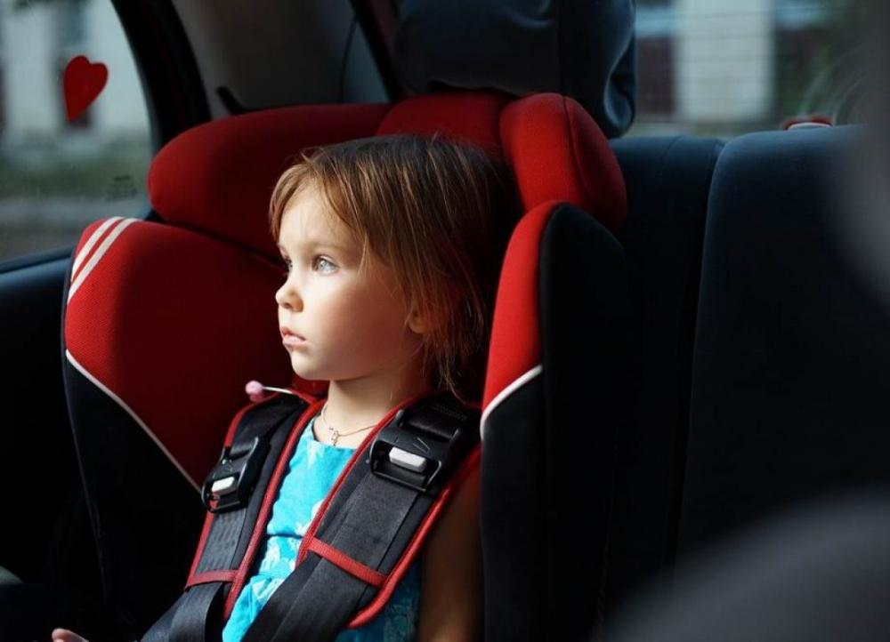 Детей нельзя оставлять одних в машине