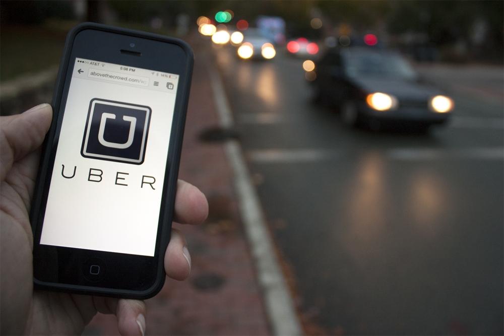 ФАС может не одобрить слияние Uber и Яндекс.Такси