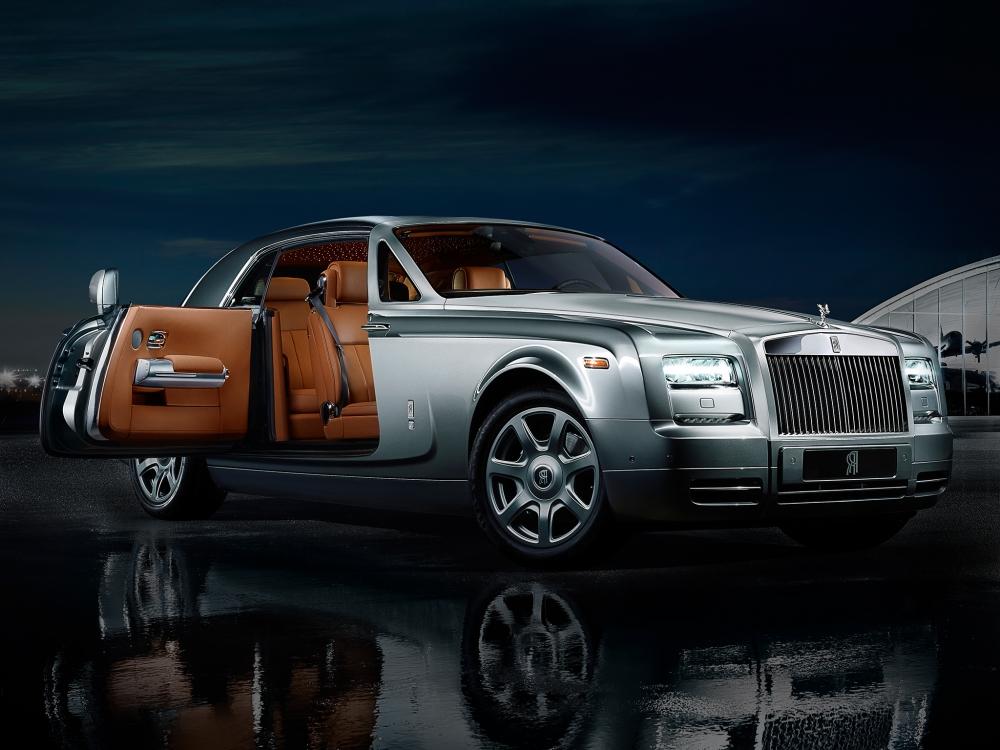 Продажи Rolls-Royce падают