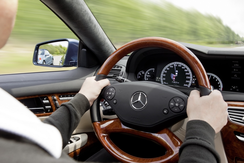 Половина россиян отказывается от владения авто