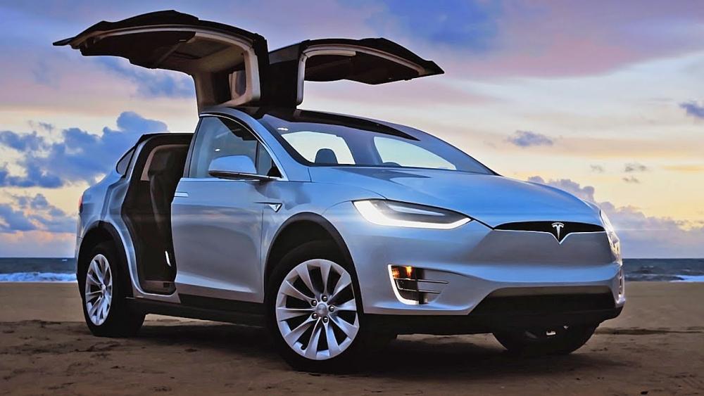 Tesla выпустили 100 000 Model3
