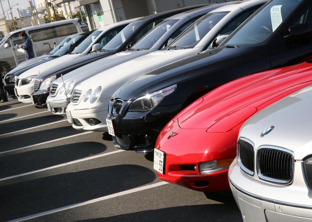 Продажи авто в мире падают