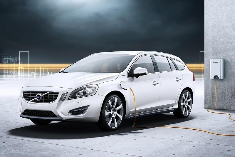 В России появился Volvo V60 Plug-in Hybrid