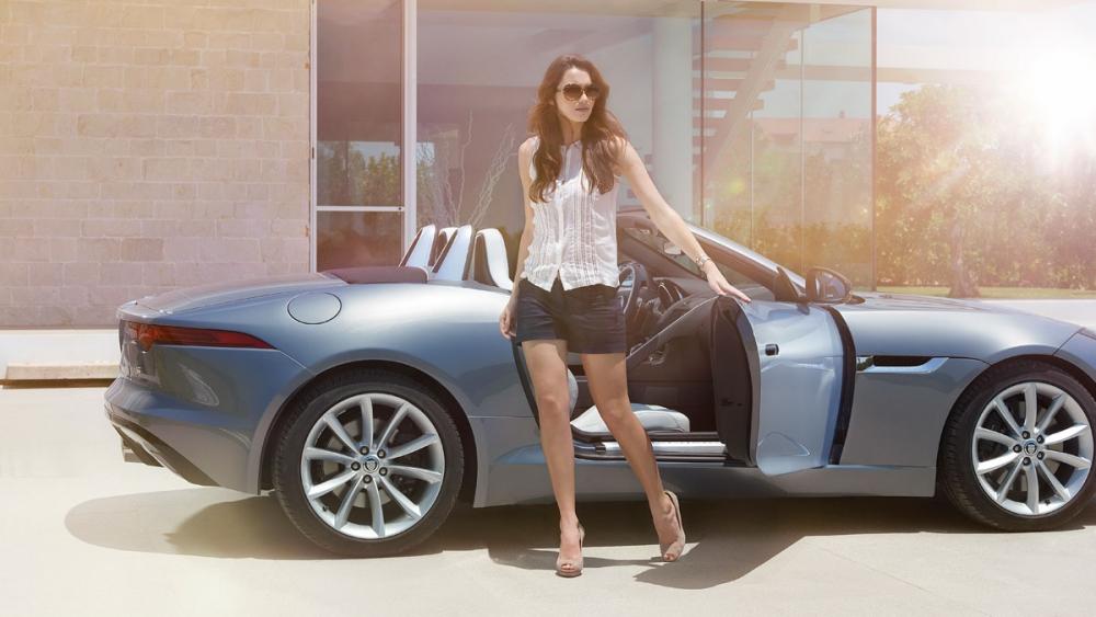 Jaguar F-Type получит двигатель в 1,6 литра