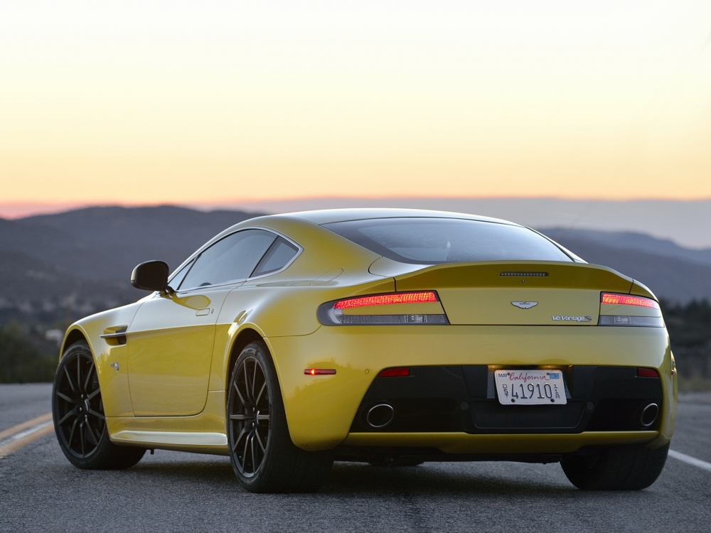 Aston Martin обзавелся новым родстером