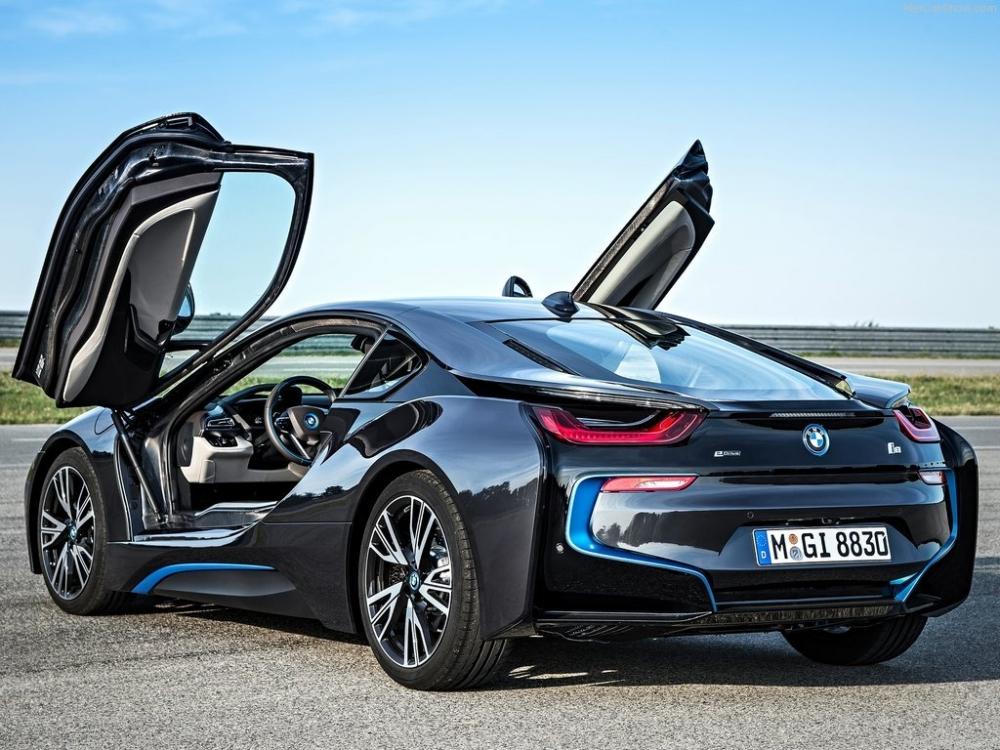 BMW i9 представят в 2016-м году