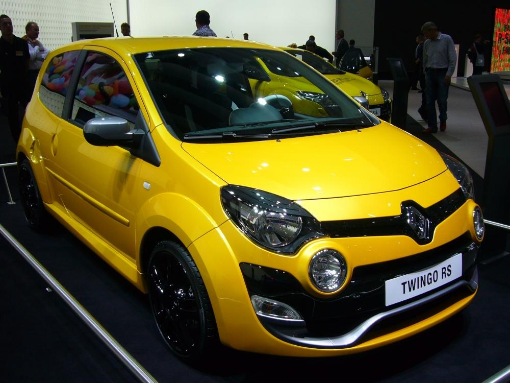 Renault Twingo RS попался шпионам