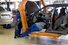 Как сговорились: три российских завода-производителя авто остановили свои конвейеры