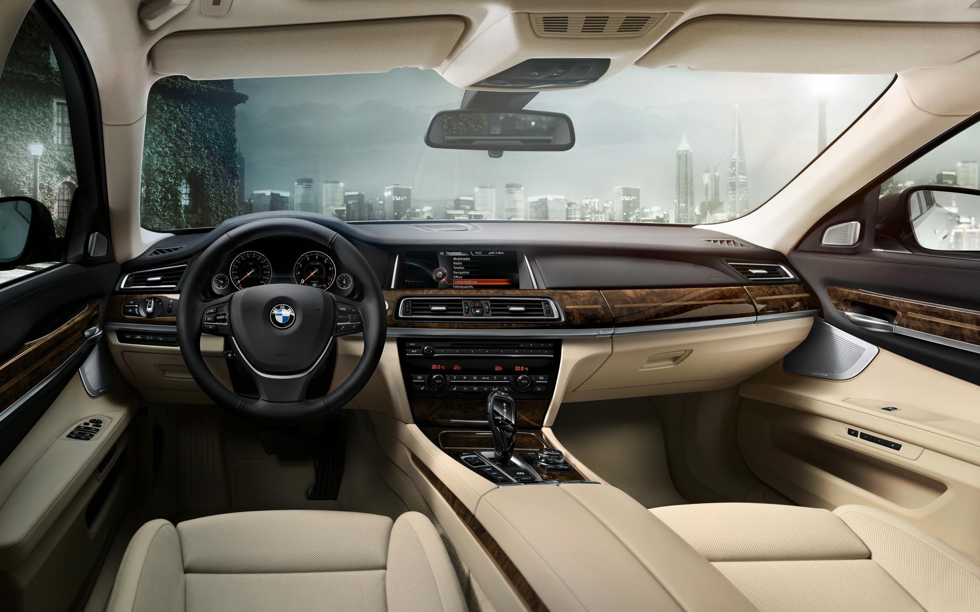 Интерьер BMW 7
