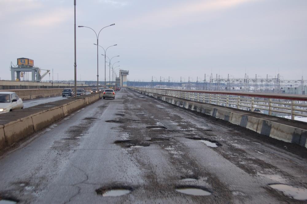 Стал известен топ городов России с самыми плохими дорогами