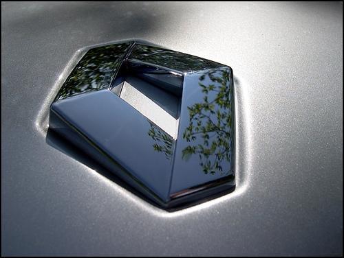 Компания Renault предлагает беспроцентный кредит на Logan и Sandero