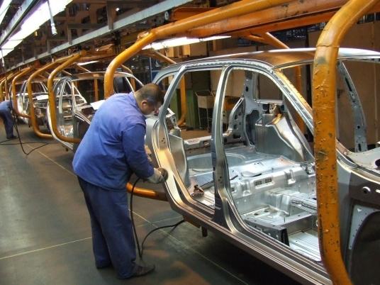 Несмотря на прогноз о падении автопрома на 20 процентов, АВТОВАЗ продолжает наращивать производство