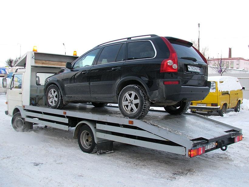 Правительство РФ и 4 министерства отказались информировать владельцев автомобилей об эвакуации