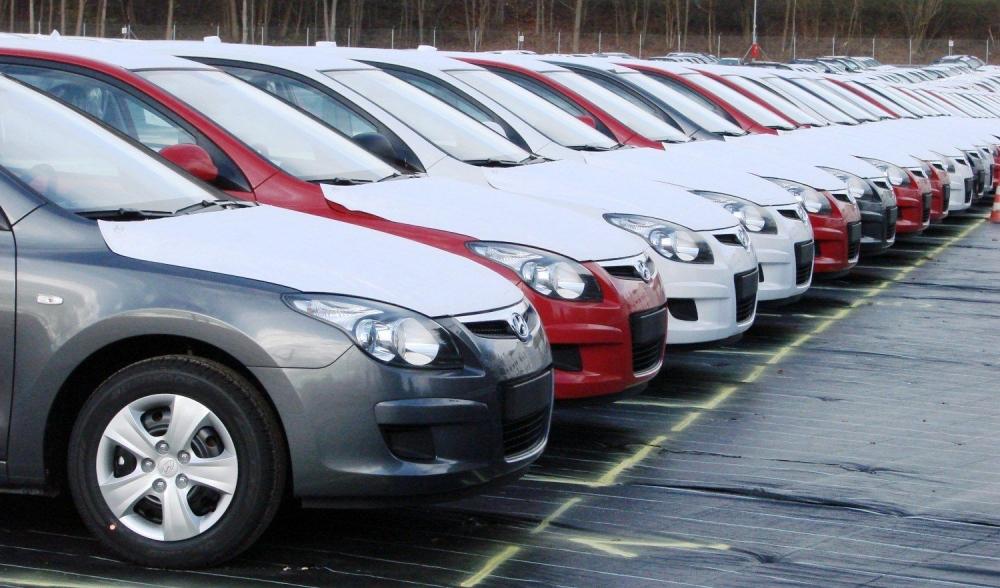 В Петербурге цены на автомобили в апреле 2016 года вырастут на 15%