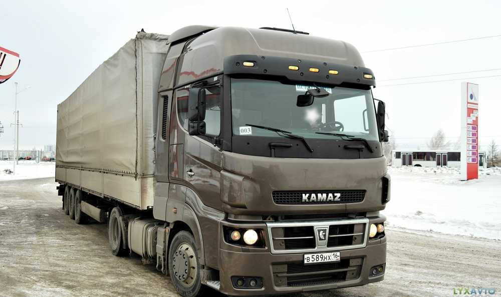 В России выпустили на 42,6% меньше грузовых автомобилей, чем в прошлом году