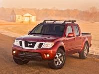 Nissan Frontier пикап 4 дв., 2009 - 2014