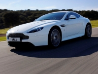 Aston Martin V8 Vantage S купе, 2011 - 2014